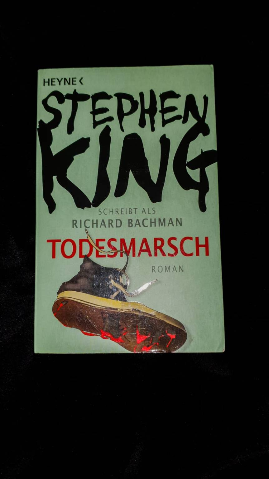 "Rezension des Romans ""Todesmarsch"""